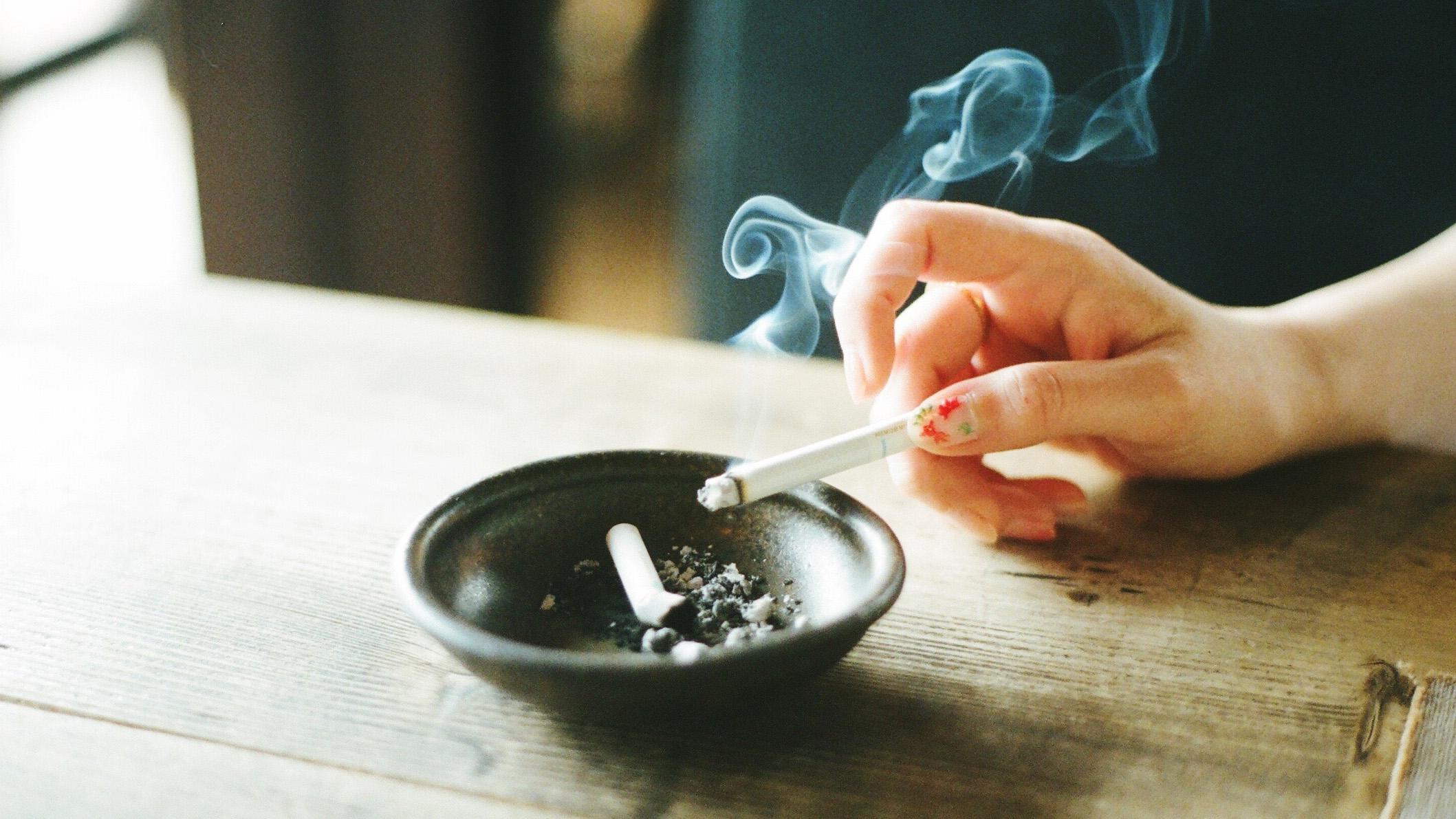 cigarette companies will air anti smoking ads starting this sunday