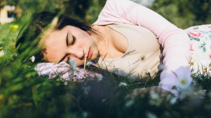 Por qué tus sueños son tan extraños justo antes de tu período