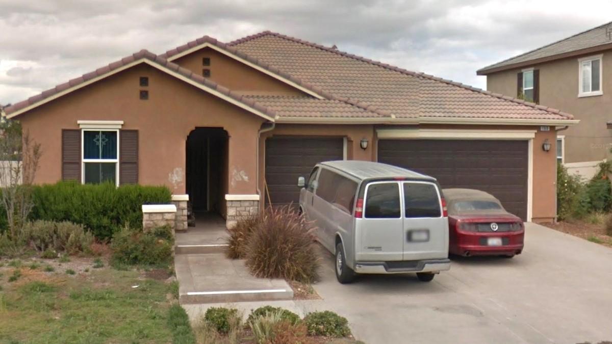 polizei rettet 13 unterern hrte geschwister aus dem haus ihrer eltern vice. Black Bedroom Furniture Sets. Home Design Ideas