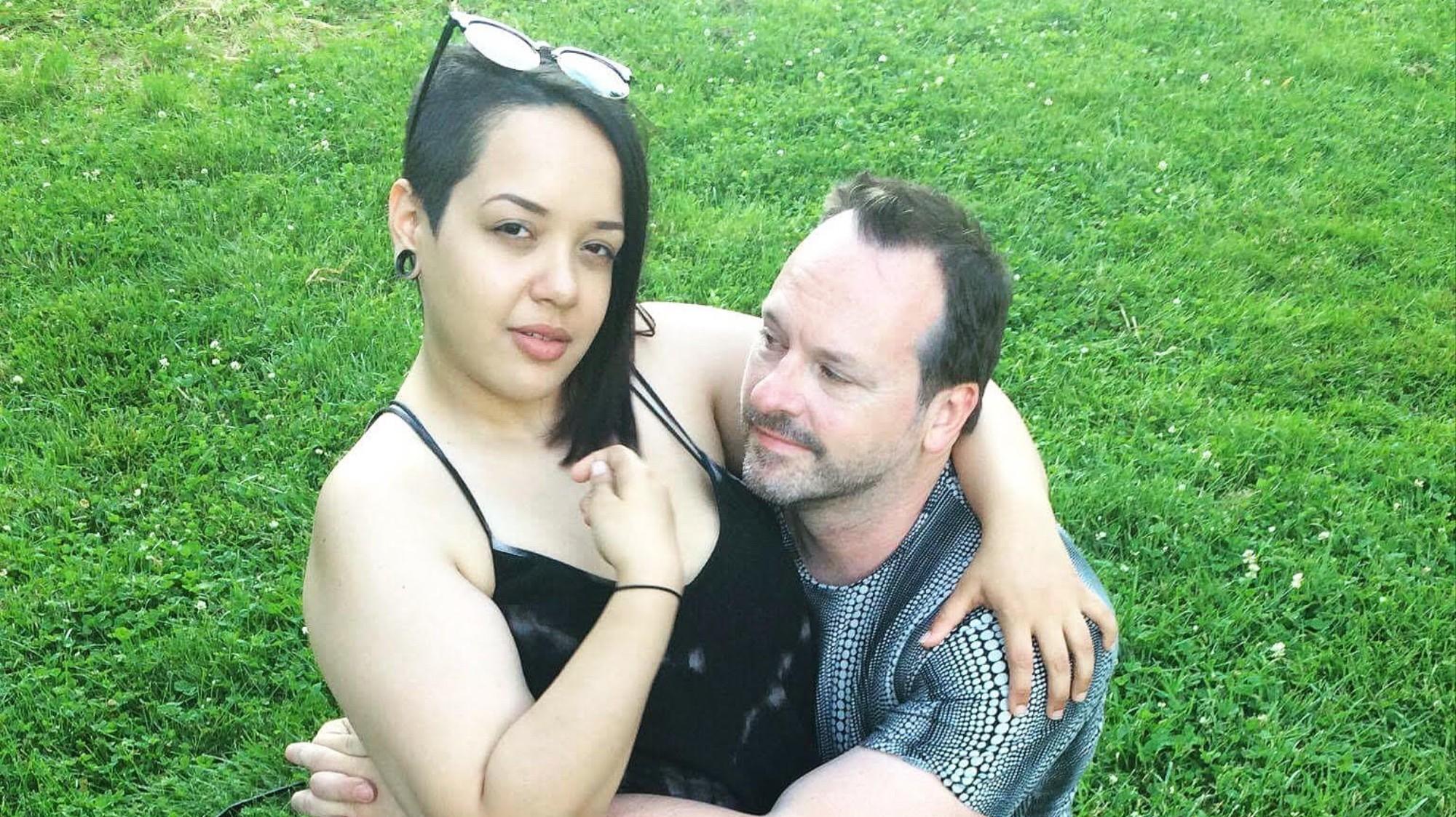 Poly dating site Kanadainterracial dating Länsi-Australia