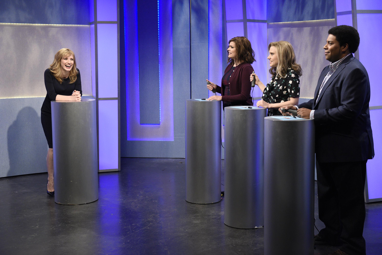 Watch Jessica Chastain Break the Fourth Wall in Bleak 'SNL' Sketch