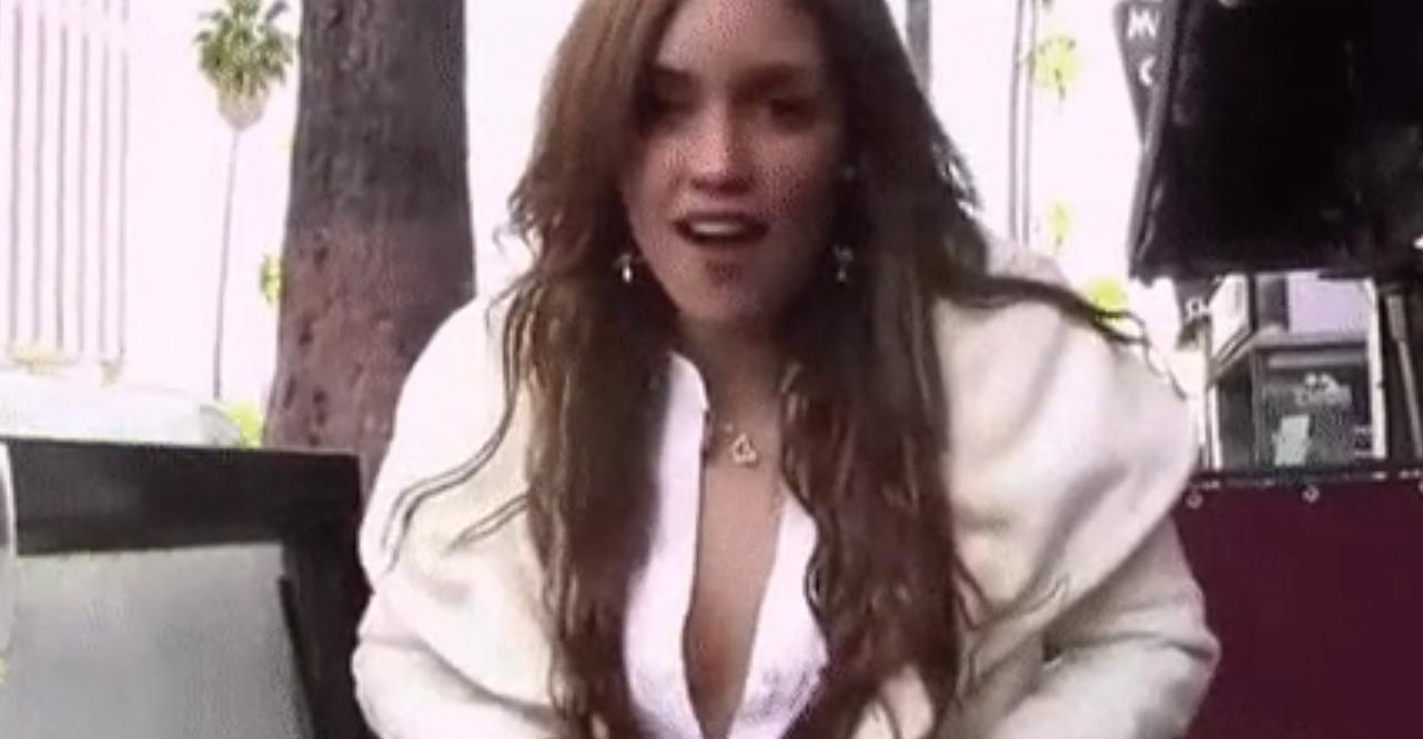 Vivo por elena boob video