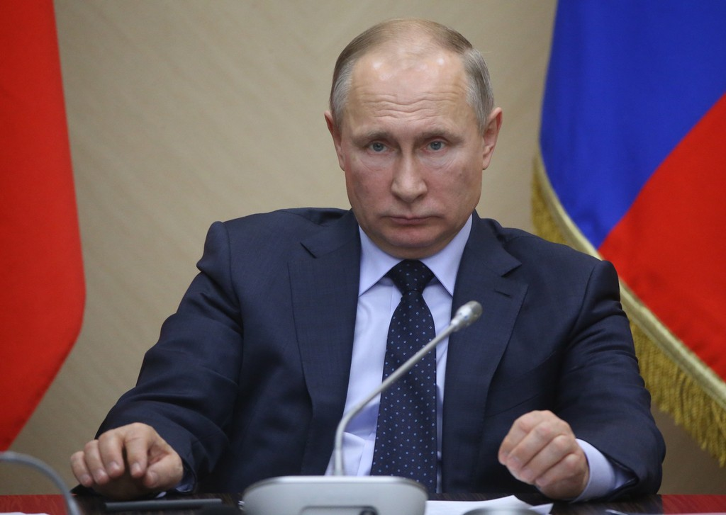 Image result for THE KREMLIN IS CLAMPING DOWN ON INTERNET FREEDOM AS PUTIN GEARS UP FOR RE-ELECTION