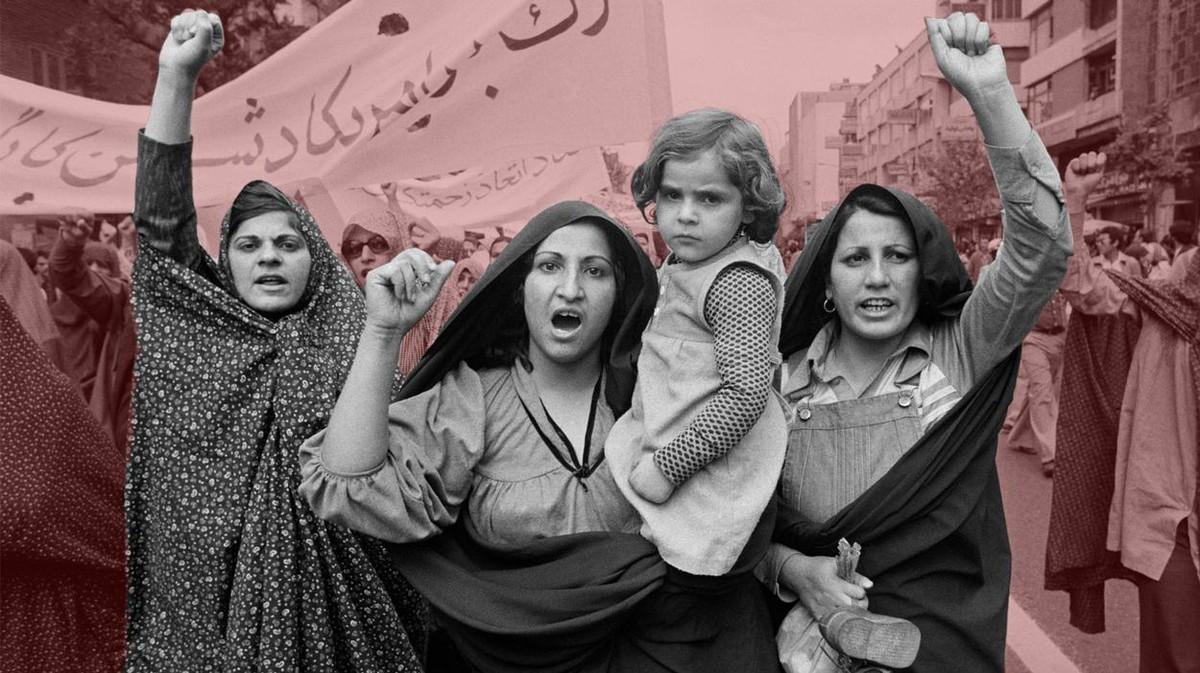 Cum protestează femeile din Iran împotriva codului vestimentar tot mai strict