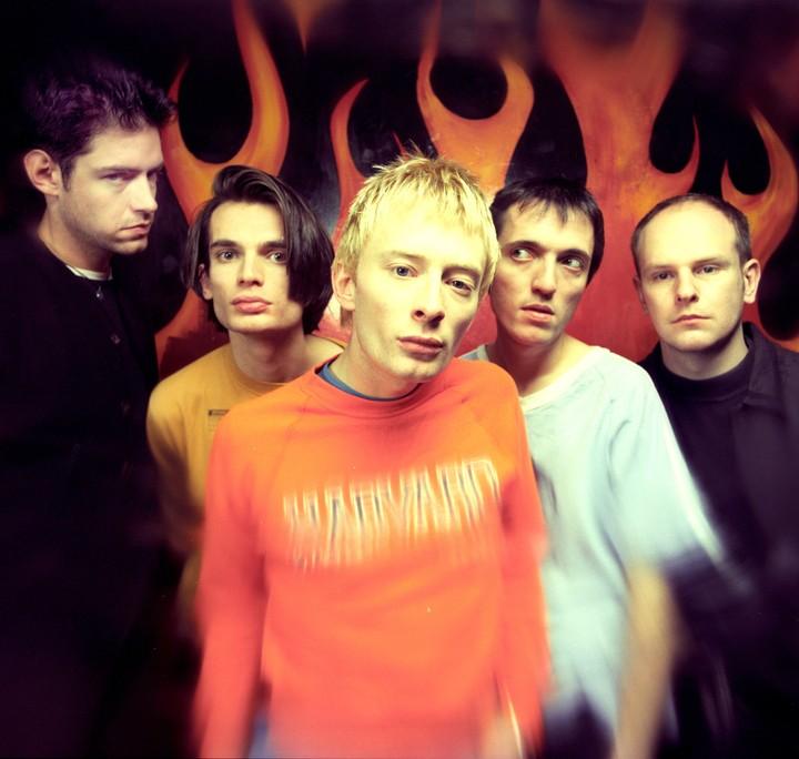 La prima canzone del primo disco dei Radiohead aveva previsto tutto
