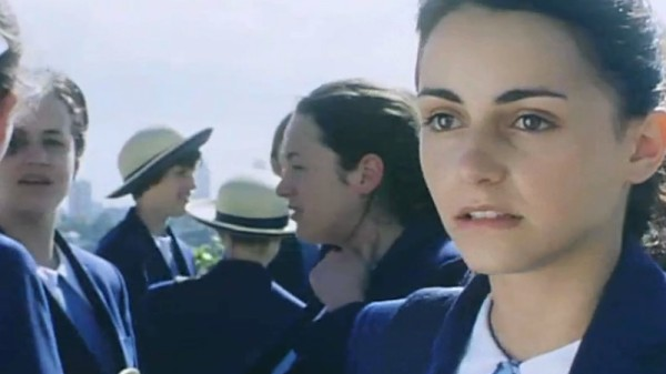 as you like it alibrandi Looking for alibrandi is a 2000 australian film directed by kate woods from a script by melina marchetta based on her novel of the same name.