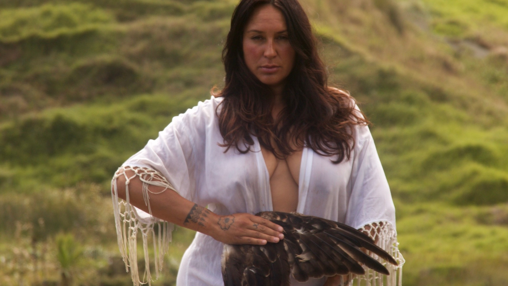 An Afternoon With A Young Māori Healer - VICE