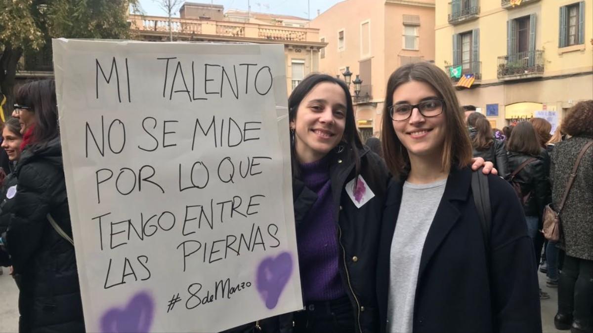 Mujeres De Toda España Nos Mandan Su Foto Favorita Del 8 De