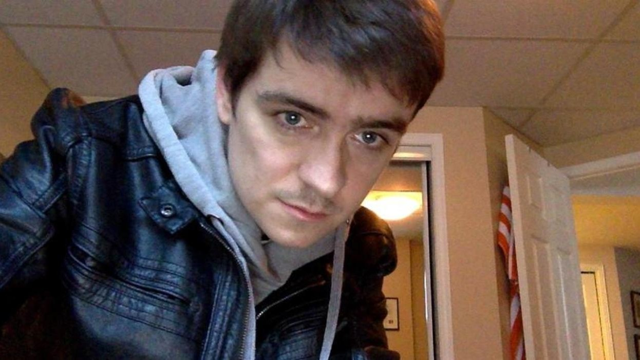 Alexandre Bissonnette: Alexandre Bissonnette Pleads Not Guilty To Killing Six