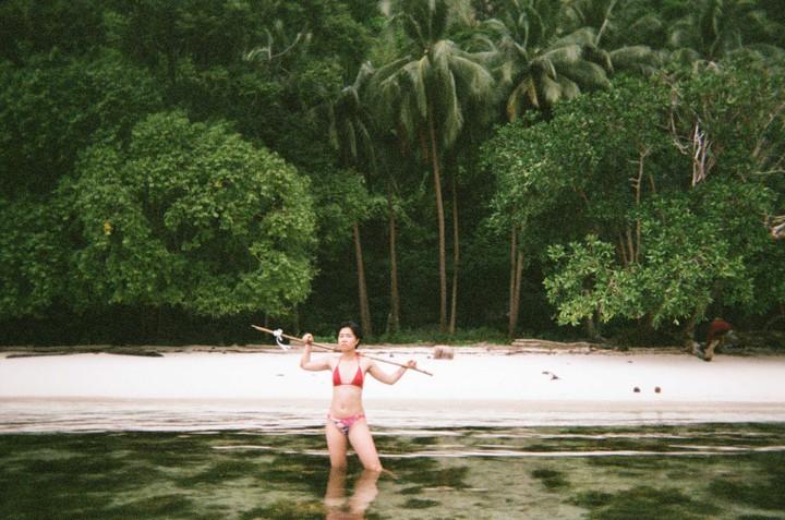Ho cercato di sopravvivere da sola su un'isola deserta
