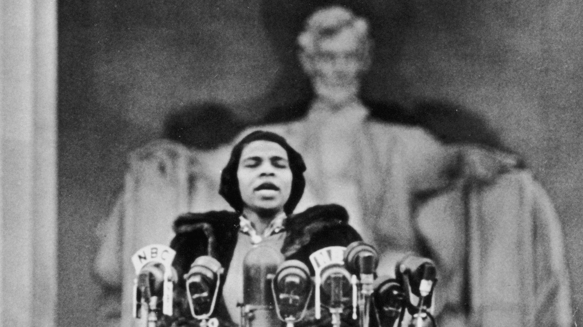 The Groundbreaking Black Singer Whose Voice Inspired Martin Luther
