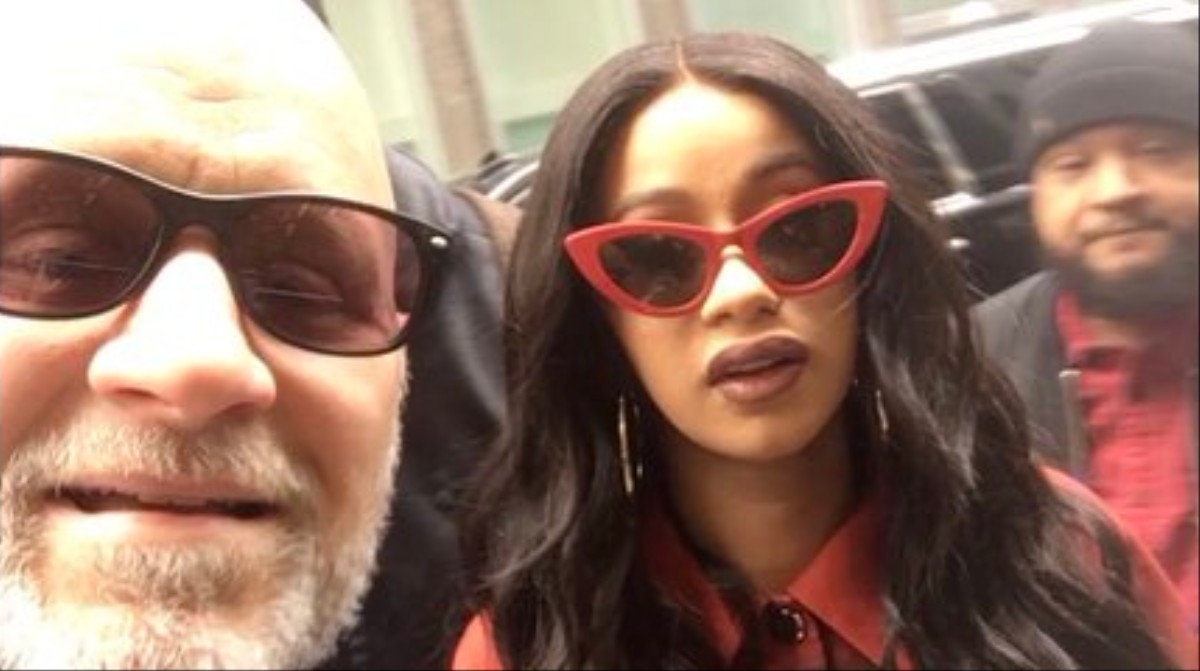 We Have Some Important Questions About This Dad S Selfie With Cardi