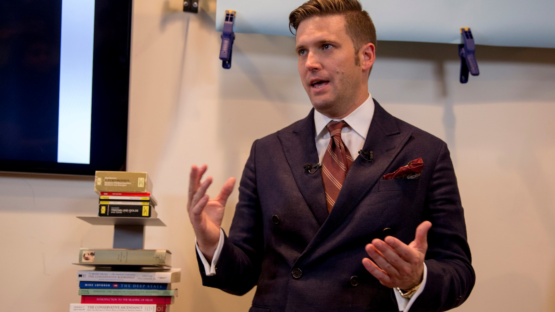 White nationalist Richard Spencer's pages just got kicked off Facebook