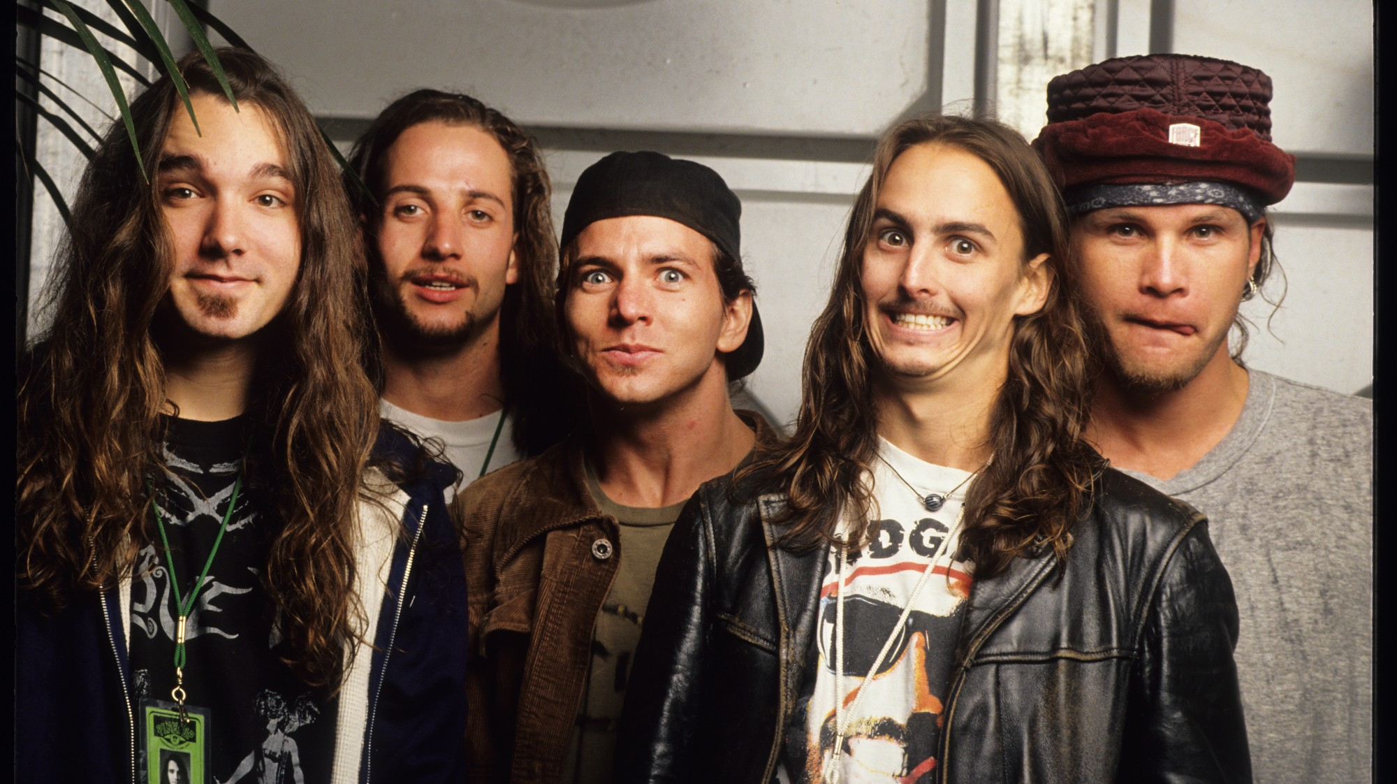 The Guide to Getting into Pearl Jam - VICE