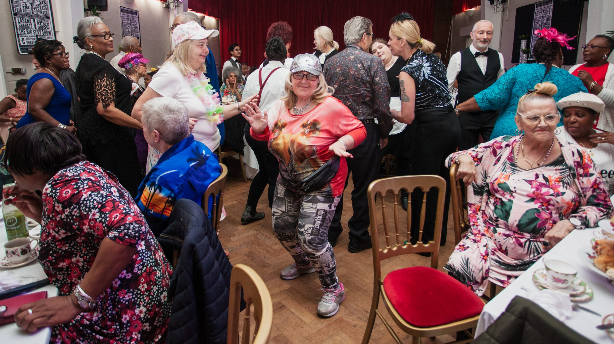 Raves Near Me >> This Nightclub For The Elderly Is Fighting Loneliness With