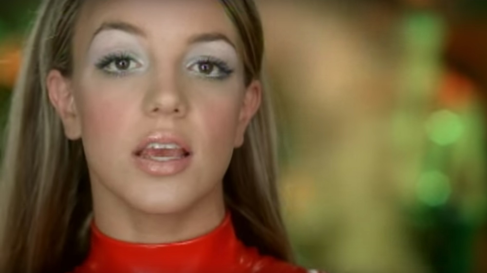 old music monday - oops! I did it again - i-D
