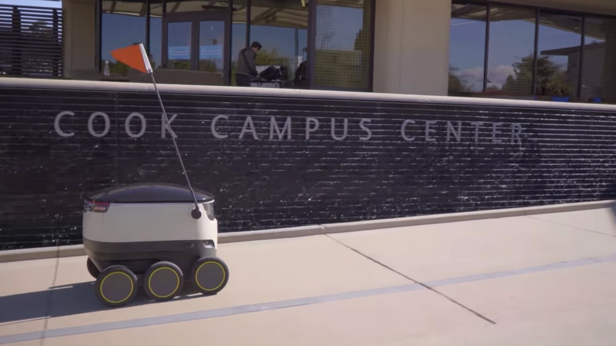 Delivery Robots Will Rely on Human Kindness and Labor