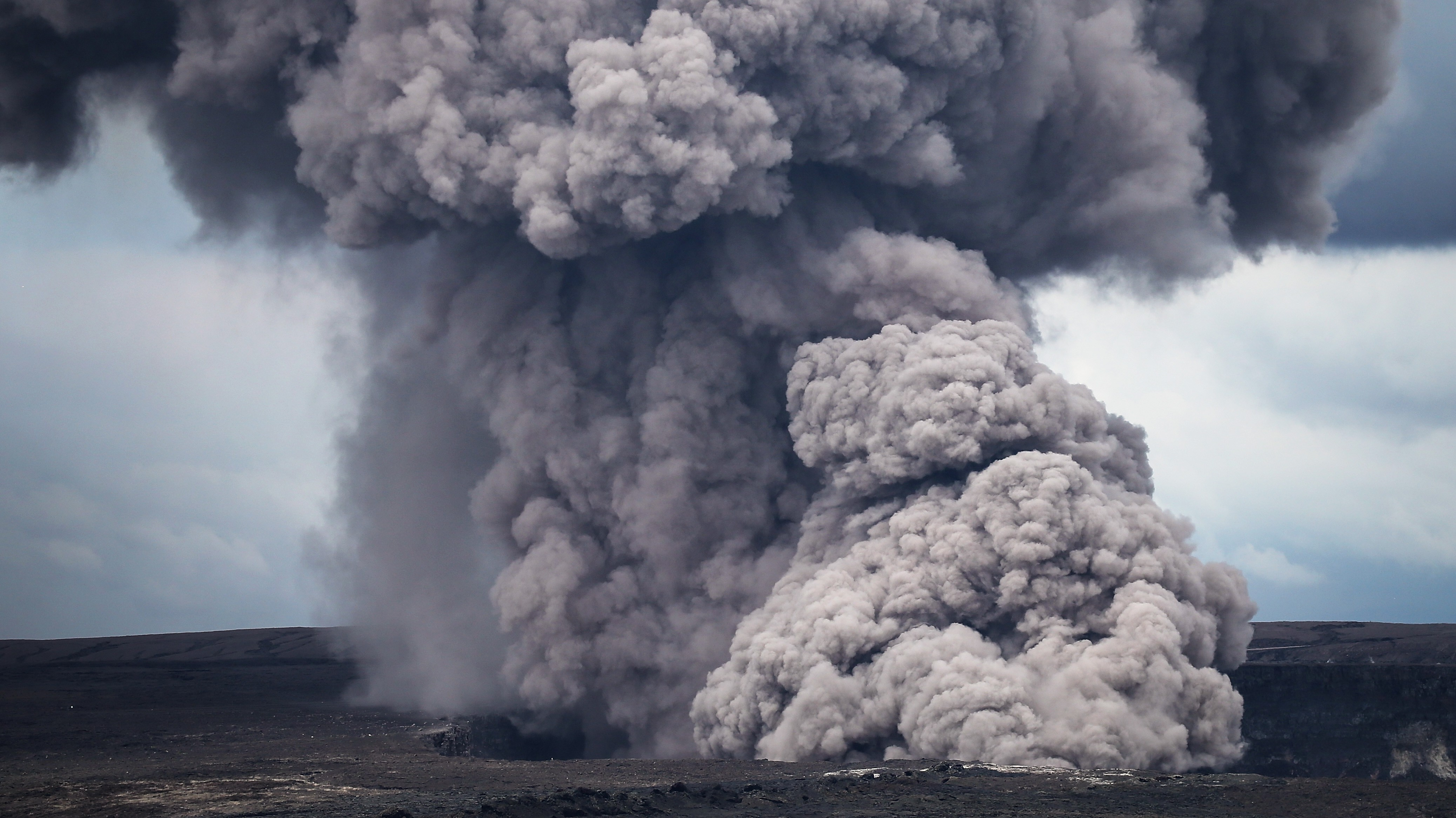 Rocks as big as cars are about to blow from Hawaii's volcano, scientists predict