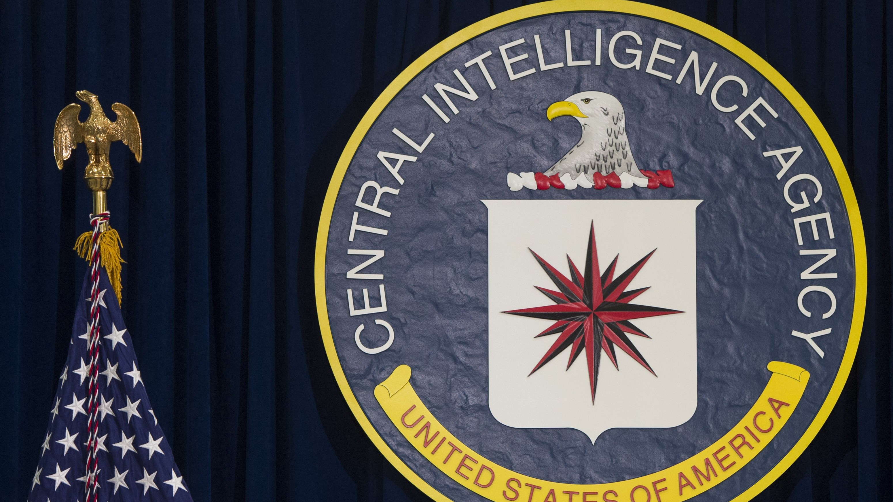 Feds Raid Apartment of Suspected CIA Leaker, Find 10,000 Images of Child Porn