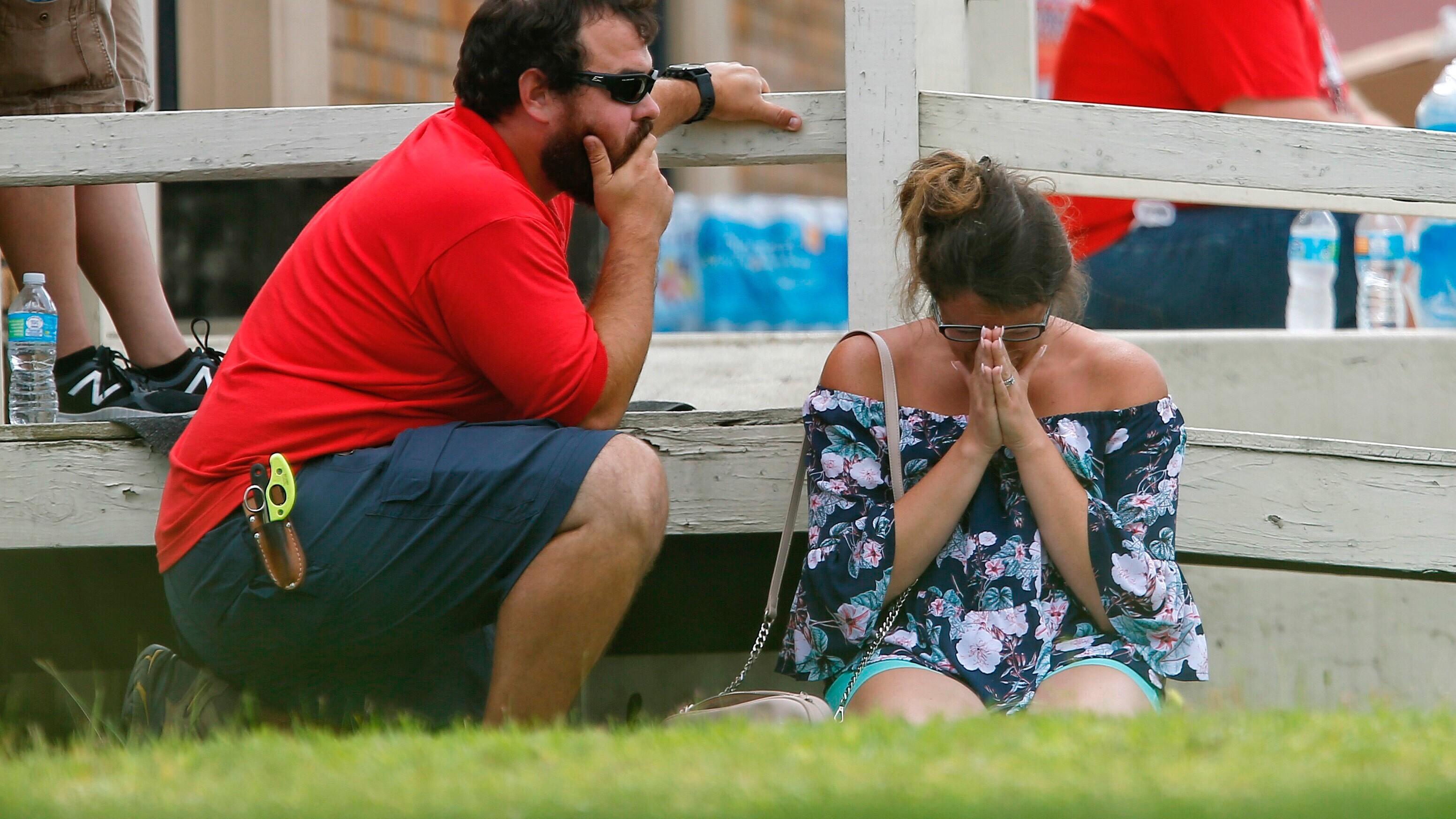 Santa Fe News >> 10 Killed In Santa Fe Texas High School Shooting Vice News