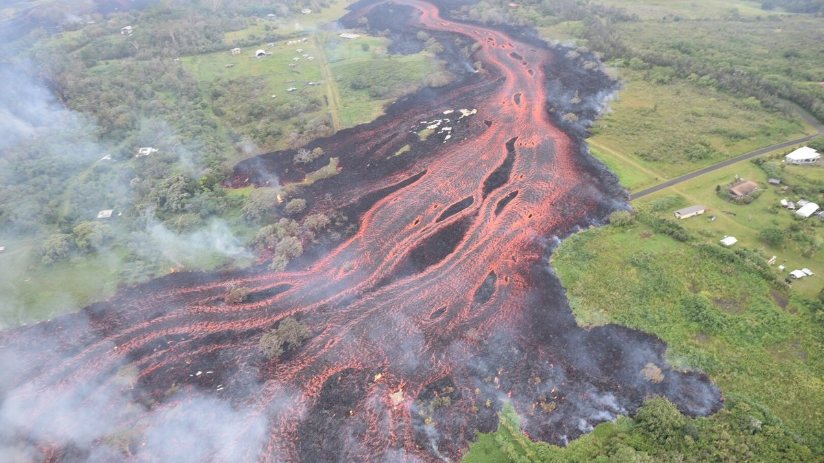 Hawaii's Destructive Volcano Just Shattered a Man's Leg with Spattering Lava