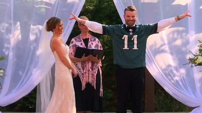 Groom Wins Super Bowl Bet with Bride, Gets to Wear Eagles Jersey at Wedding