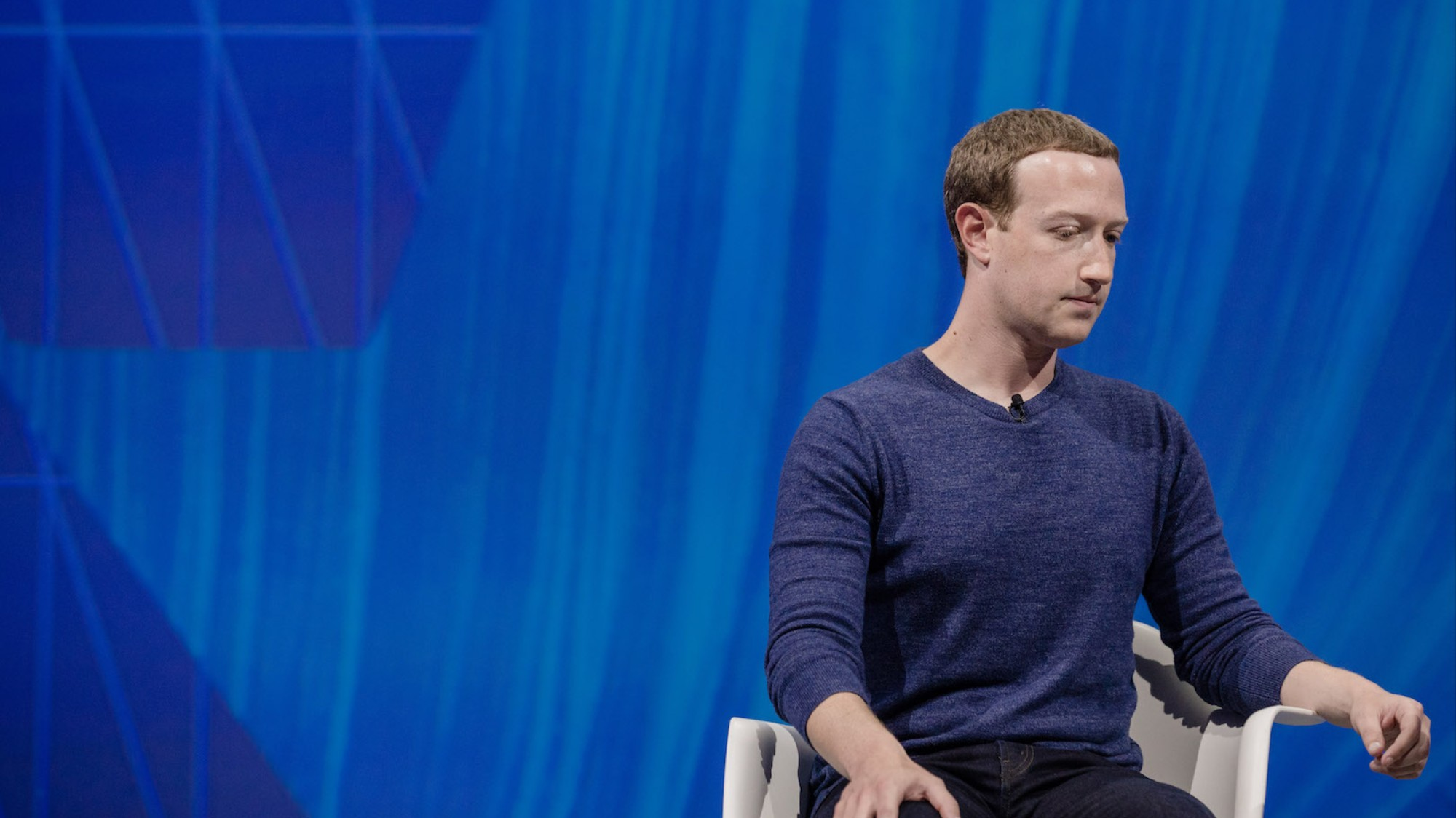 """Shareholders know exactly what's wrong with Facebook: the """"dictator"""