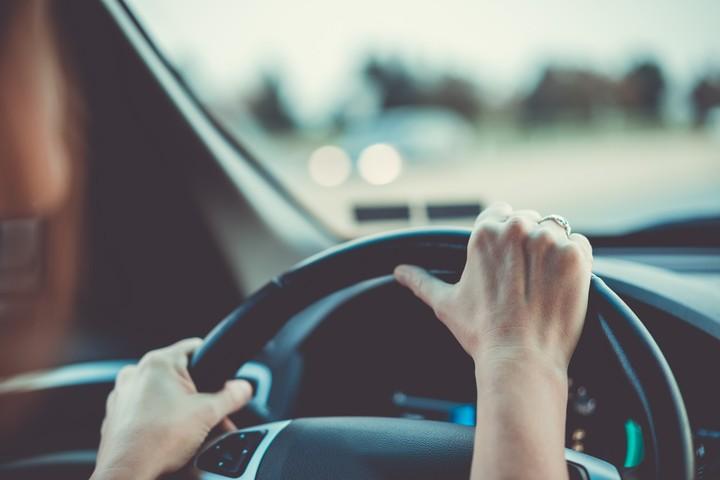 Having a Panic Attack While You're Driving Is Terrifying and Dangerous