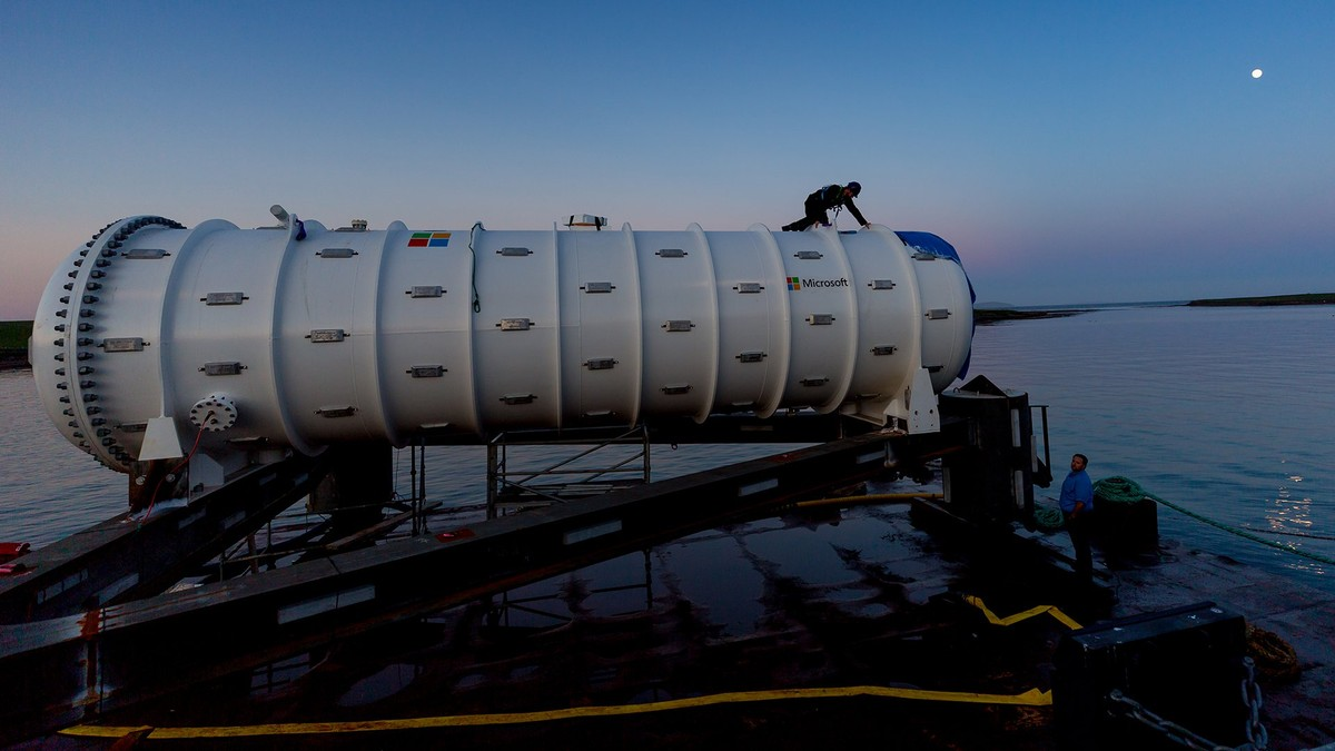 Microsoft Just Put a Data Center on the Bottom of the Ocean