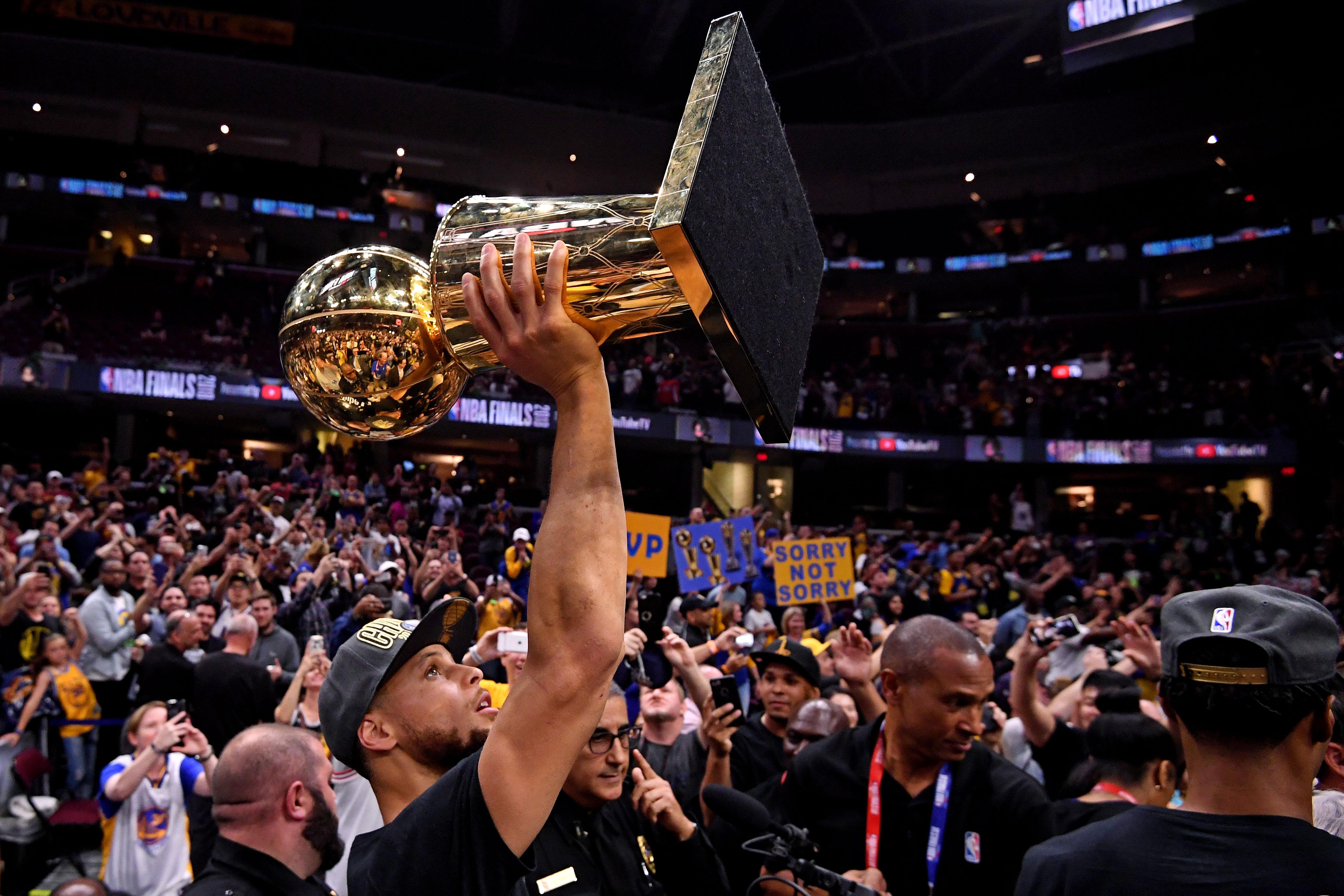 da7ec4ba7d0f Steph Curry Is in the VIP Room of NBA History - VICE