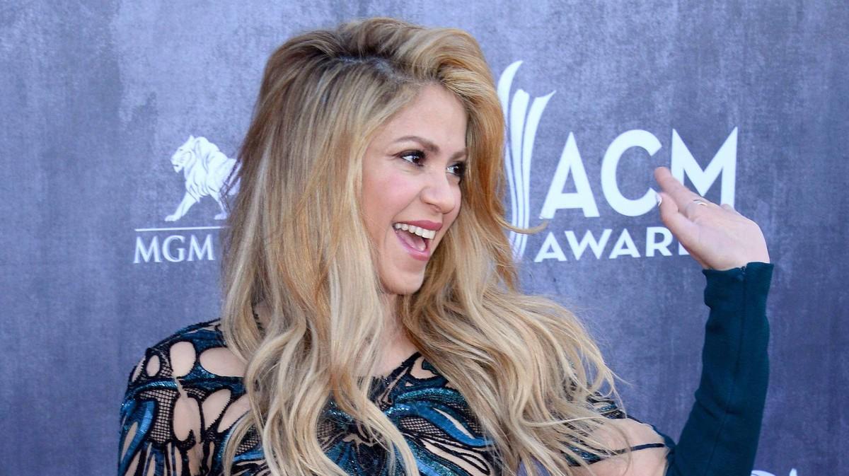 Shakira Schwarze Sonne