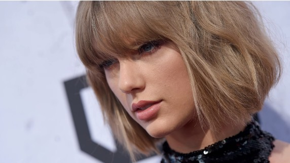 DJ Who Assaulted Taylor Swift Says She 'Ruined' His Life