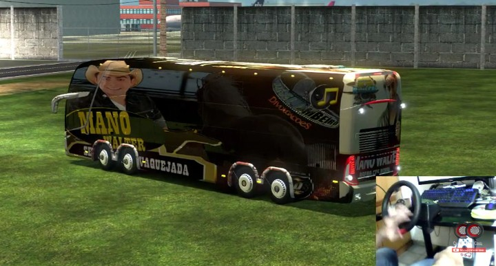 Os ônibus virtuais de turnê do Carlão são o ouro desconhecido do YouTube