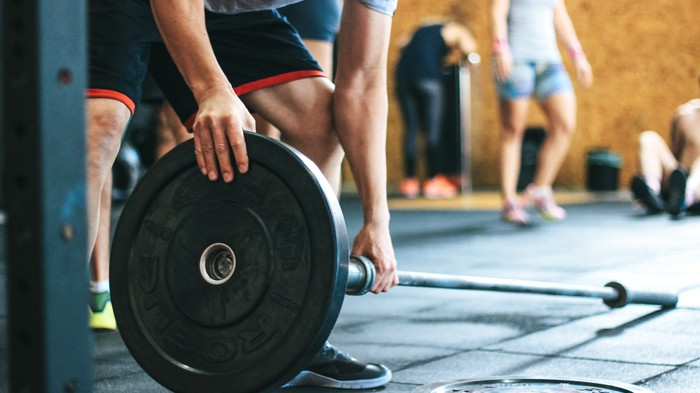 This Is How to Put On Muscle Without Lifting Super Heavy