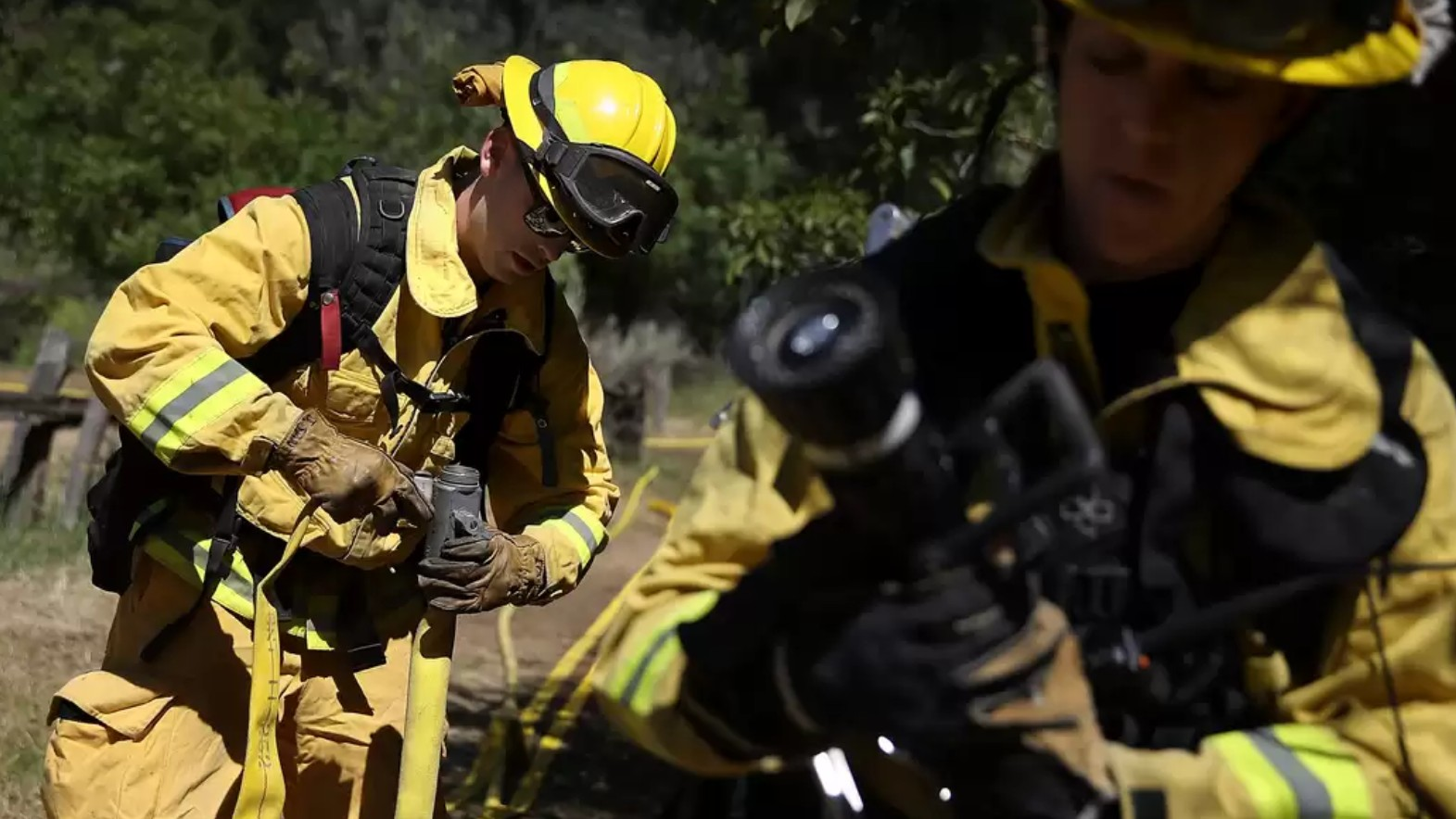 Pissed Off by Verizon, Firefighters Join the Fight to Restore Net Neutrality – First responders join a chorus of angry Americans tired of big telecom's nonsense.