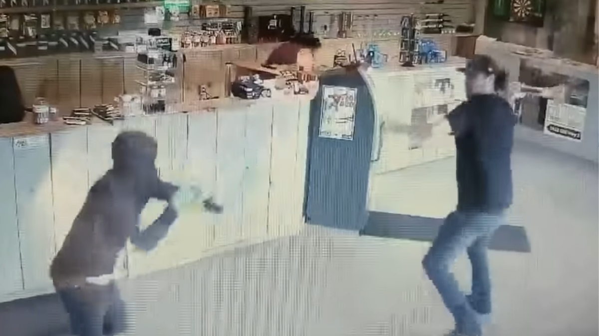 Watch This Cannabis Worker Fight Off Thieves With A Bong Vice