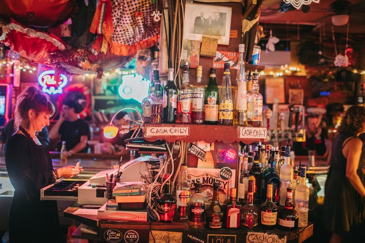The Best Bar in Philadelphia Is Dirty Frank's If You Love Dives