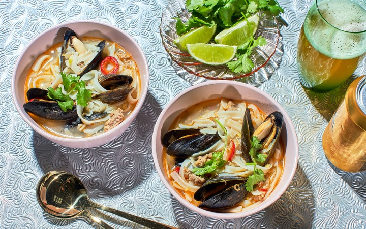 Spicy Mussel and Lemongrass Noodle Soup Recipe