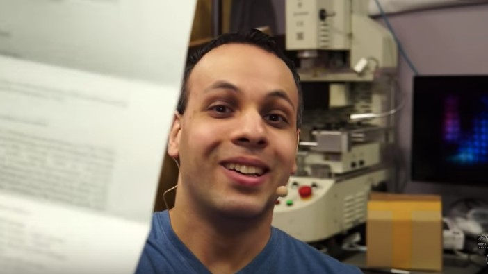 DHS Seized Aftermarket Apple Laptop Batteries From Independent Repair Expert Louis Rossman