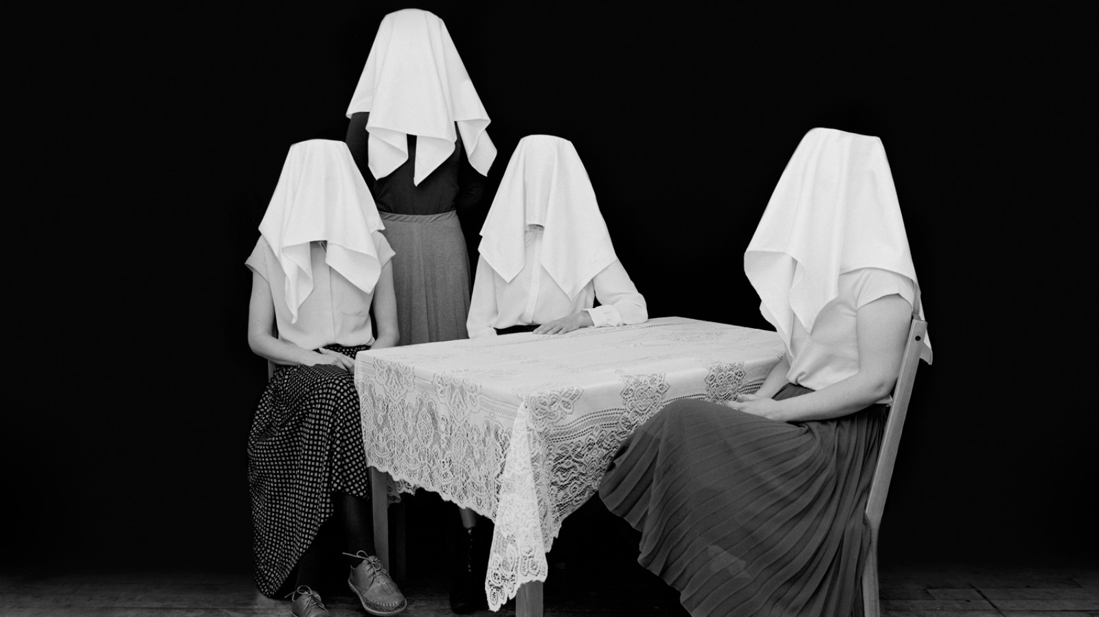 31 Photographers Capture Ghosts, Witches and Other Occult Phenomena