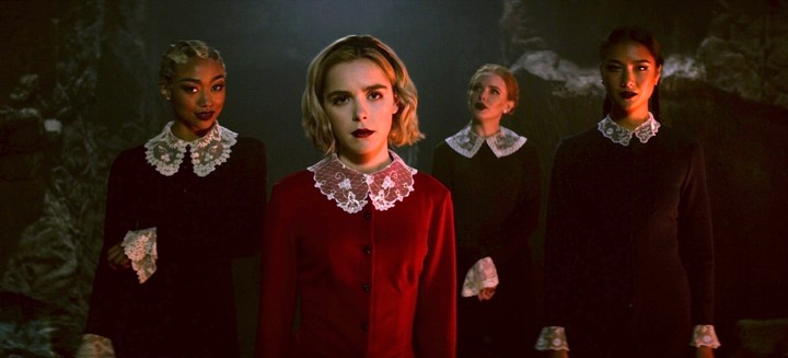 Netflix S Sabrina Reboot Is About The Magic Of Teen