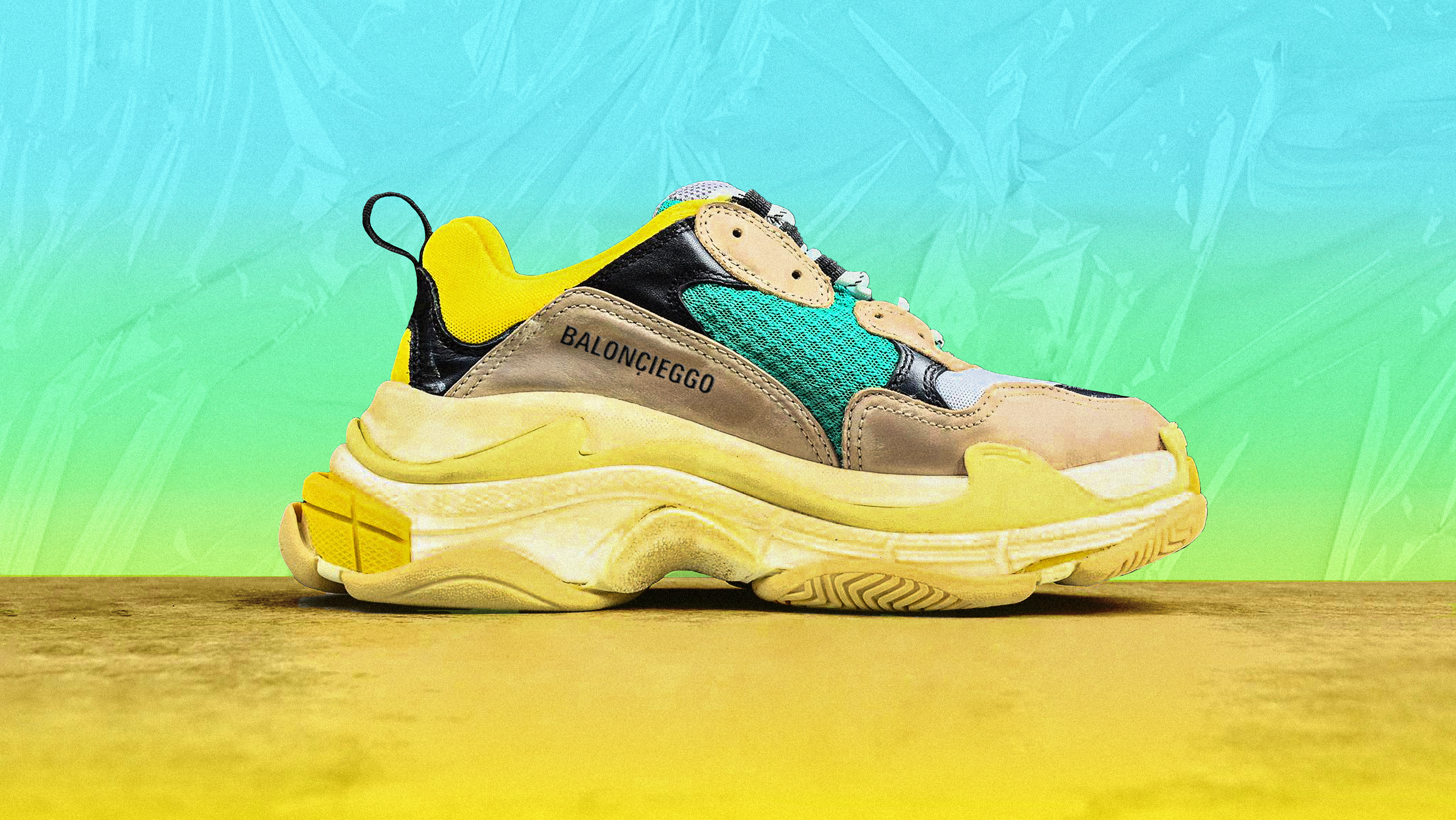 4bc4f40bbdf I Bought Fake Balenciaga Triple S Sneakers and Boy Do They...Smell Weird  -  GARAGE
