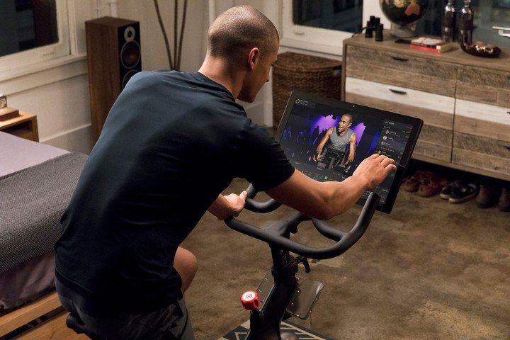 My Gamer Brain Is Addicted to the Peloton Exercise Bike