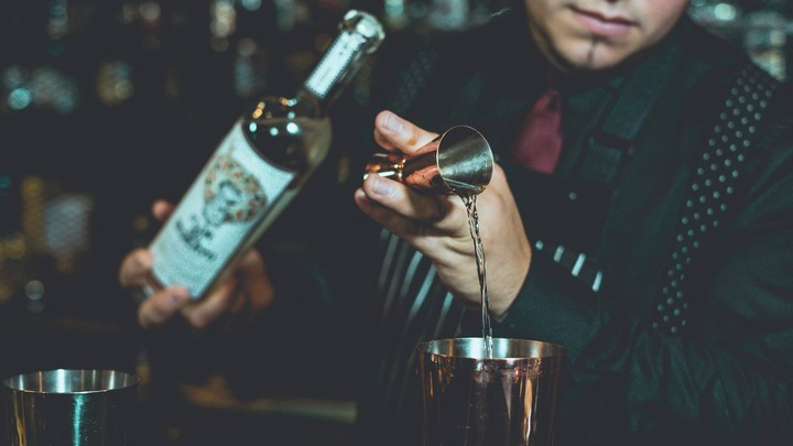 How to Bartend When Your City Is Run by the Mob
