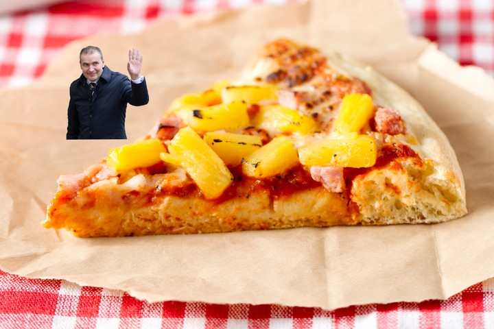 Iceland's President Walks Back His Desire to Ban Pineapple Pizza