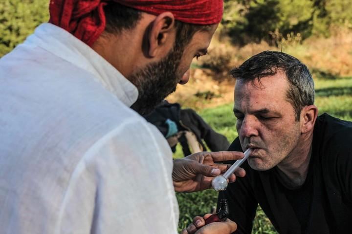 Dieser Mann kämpft mit Krötengift gegen die Drogensucht