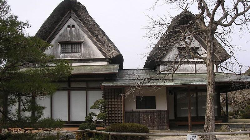 Resultado de imagen para casas abandonadas japon