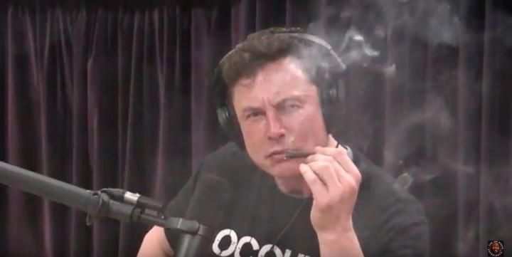 Elon Musk Has 'No Idea' How to Smoke Weed, Says Elon Musk