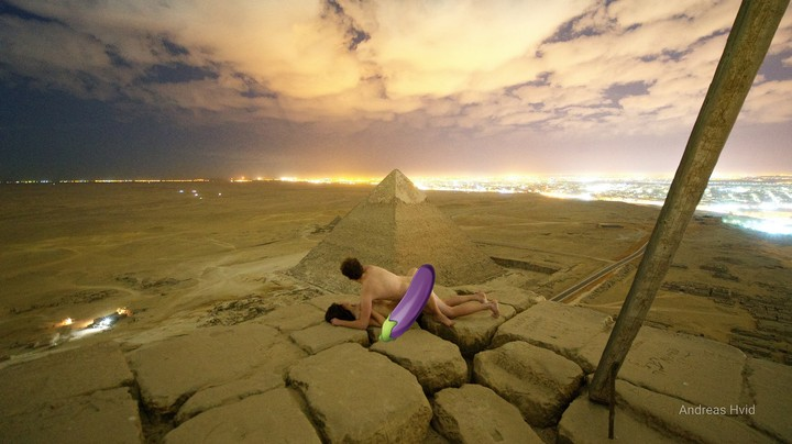 Photo of Couple Boning on Top of Pyramids Prompts International Investigation