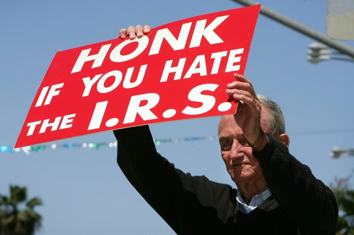 The IRS Is Ignoring Rich Tax Dodgers and Going After the Poor